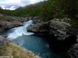 Rytiersky skok na rieke Sjoa...