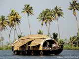 Plavba po backwaters...