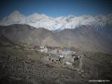 Muktinath a Biela hora Dhaulagiri 8167 m.n.m...