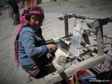 Miestna producentka jačích šálov...