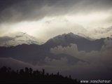 Dhaulagiri v oblakoch...