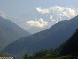 A prvé zasnežené hrebene Himaláji pred nami...