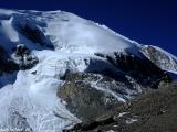 Šesťtisícovka Thorong Peak, strážca sedla Thorong La...