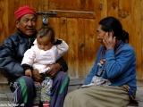 Miestni obyvatelia Manangovia....