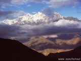 Pohľad do údolia rieky Kali Gandaki...