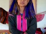 A tetuška z etnika Palaung...