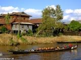 Život na jazere Inle lake...