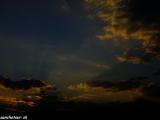 Západ slnka pri jazere Inle...