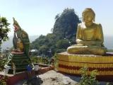 Mt.Popa - miestny Olymp, sídlo duchov s kláštorom Taungkalat...