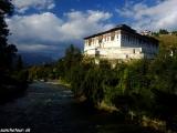 Paro dzong a posledný večer v Bhutáne..