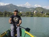 Pohoda na jazere Fewa Lake v Pokhare...