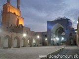 Irán - večerný Yazd...