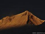 Západ slnka nad Dhaulagiri II...