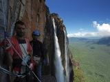 Zlanenie vodopádu Salto Angel...
