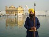 Zlatý chrám v Amritsare a jeho strážca...