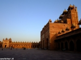 Piatkova mešita s najvyššou bránou Ázie...