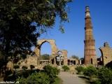 Najvyšší minaret v Indii, historický komplex Qutub Minar...