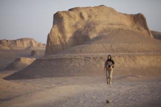 Západ slnka v púšti Kaluts...