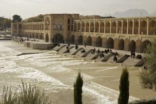 Most v Isfaháne...