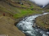 Cestou k tretiemu najvyššiemu vodopádu Islandu - Hengifossu...