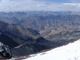 Pohľad z vrcholu Stok Kangri...