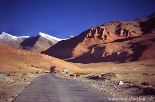 Najvyššie položená cesta na svete...