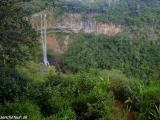 Najvyššie vodopády sú tiež v Chamarel...