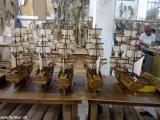 V dielni na výrobu modelov lodí...