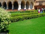V Mughalských záhradách...