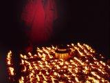 Olejové lampy zapálené za rodinných príslušníkov...