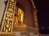 Stupa Svetového mieru nad Pokharou...