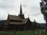 Drevený kostolík v mestečku Lom...