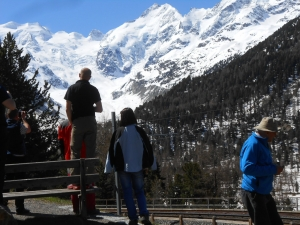 Piz Palu a Piz Bernina už zo Švajčiarska...