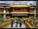 Norbulingka je sústava chrámov a park v Lhase, ktorý od 80. rokov 18. stor do konca 50. rokov 20. stor slúžil ako letné sídlo dalajlámov. V roku 2001 bola Norbulingka zapísaná na zoznam UNESCO.