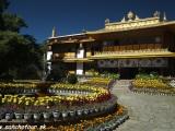 Norbulinka - letné sídlo Dalajlámu...
