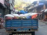 Prvý náklaďák s potravinami na ceste do hôr