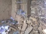 Miestna škola v Jantarkhani ktorej pomáhame pri obnove...